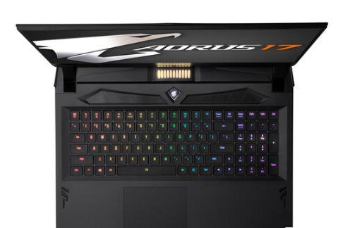 技嘉旗下品牌 AORUS x OMRON:推出全新17寸游戏本-3