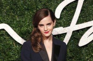 Emma Watson现身英国时尚大奖 当晚获得英伦风尚大奖-1
