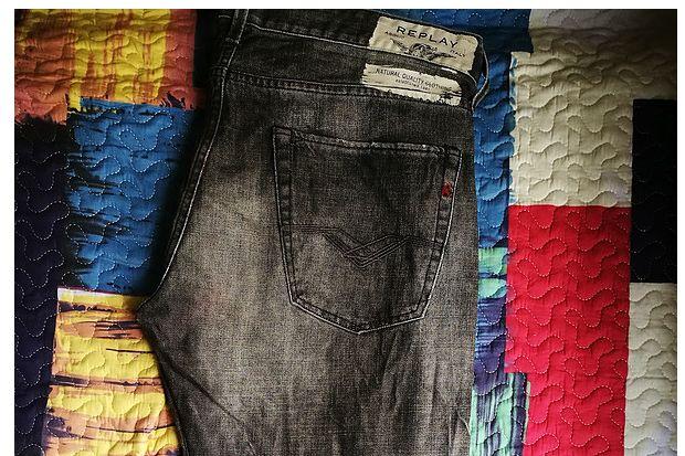 意大利三大牛仔裤品牌对比贴 Armani Jeans、Replay、Diesel-3