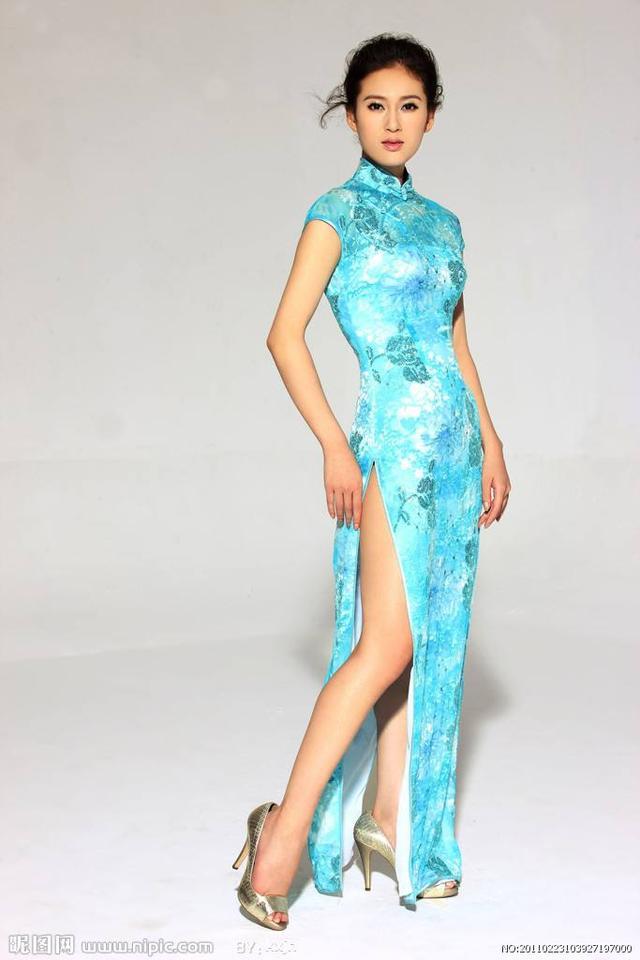 公司年会选什么样的旗袍好?什么样的旗袍穿起来好看?-3