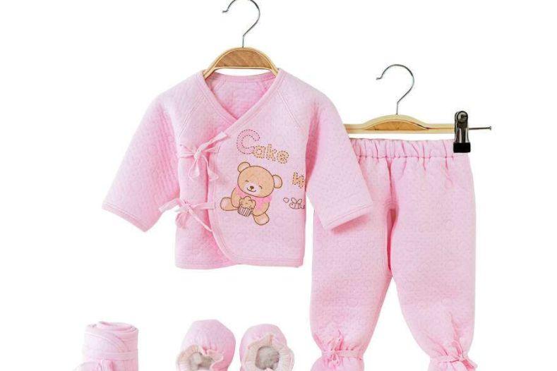 0一6个月婴儿衣服挑选注意什么?值得推荐的0一6个月婴儿衣服品牌-1