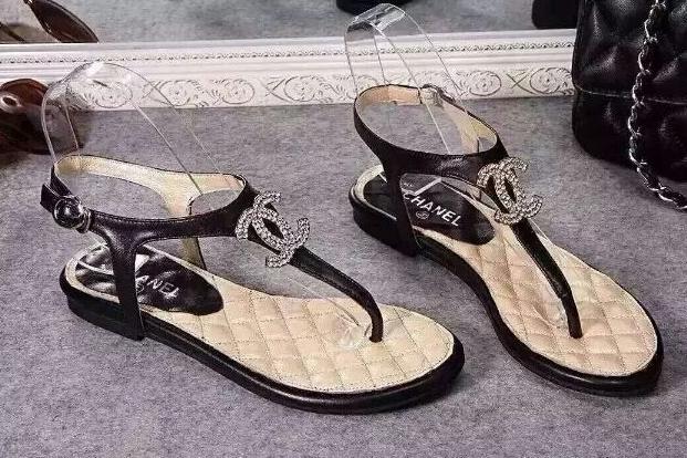 chanel凉鞋怎么样?多少钱一双?-1