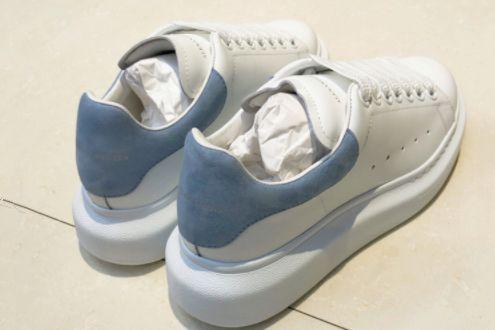 麦昆小白鞋哪种尾好看?好不好搭配?-1