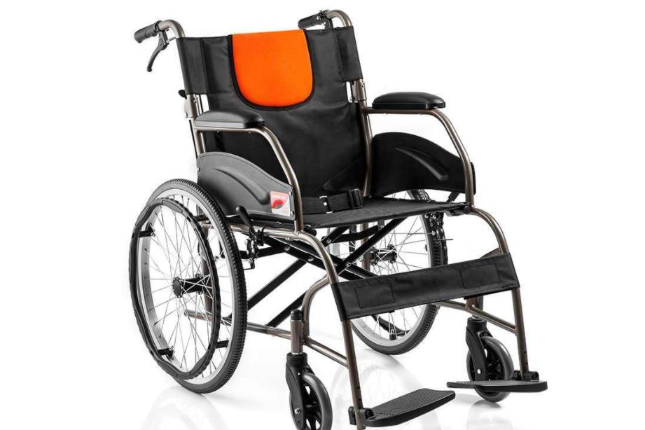 互邦与鱼跃轮椅哪个好?该买哪个?-1