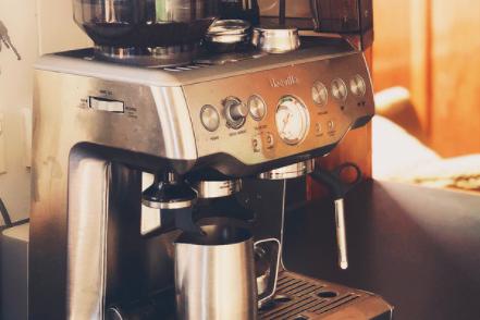 Breville 870半自动蒸汽咖啡机怎么样?有什么好用之处?-1