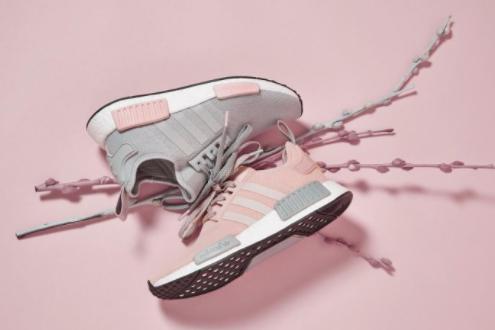 adidas球鞋多少钱?推荐一个适合女生穿的?-1