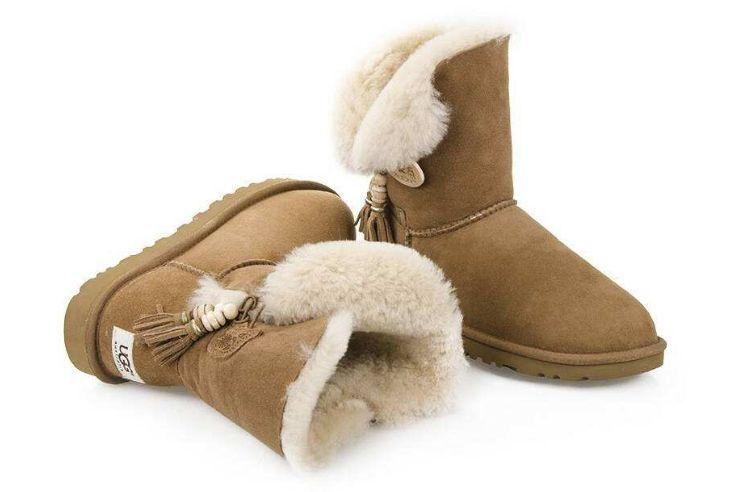 ugg雪地靴颜色如何选择?雪地靴穿着舒适吗?-1