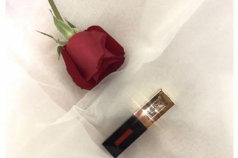 适合春夏的水红色 ysl镜面唇釉#9分享-1