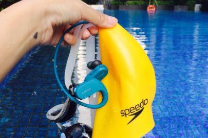 sony游泳耳机哪款好?可以在水里用多长时按?-1