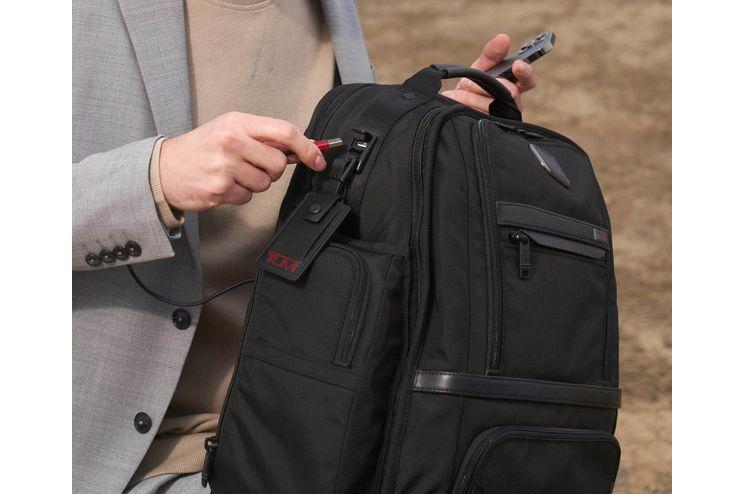 TUMI 发布全新 Alpha Bravo / Alpha 3 系列,共计数款包包-3