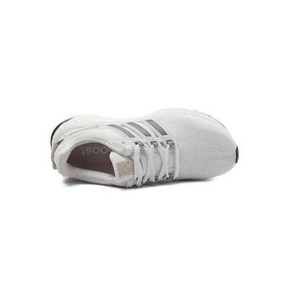 透气跑步鞋
